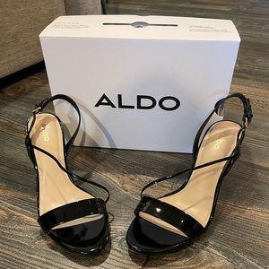 "EUC Aldo ""kitten heals"" black patent leather"